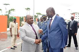 au cours d'un point de presse, la semaine dernière, sur la situation politique et sociale du Gabon, il avait déclaré, «le renouveau du Gabon ce n'est pas l'AJEV».